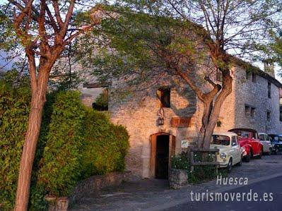 TURISMO VERDE HUESCA. Hostal La Choca y Casa Mur Artesanía de Lecina de Bárcab