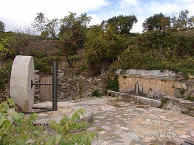 TURISMO VERDE HUESCA. Hostal La Choca y Casa Mur Artesanía de Lecina de Bárcabo
